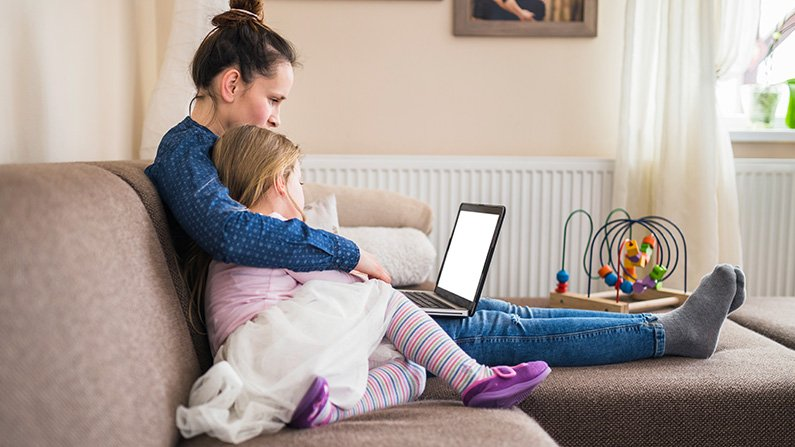 10 Cyber Safety Tips for Parents
