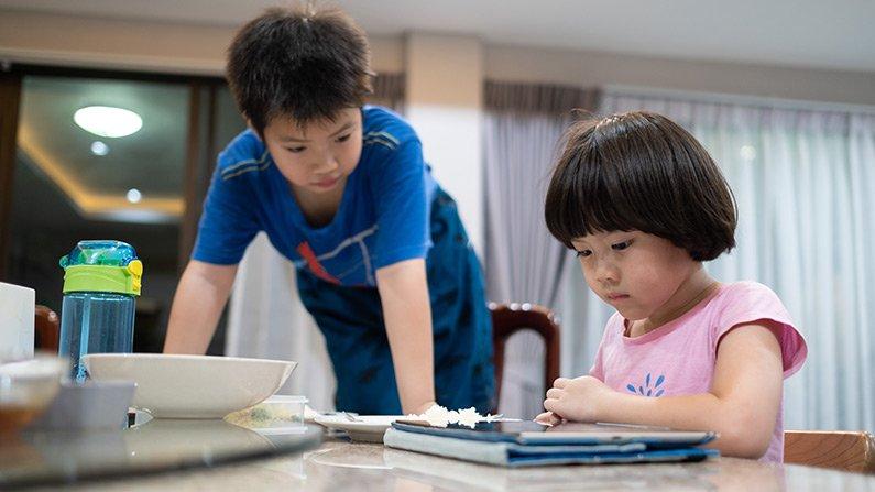 10 point checklist to your Child's Digital World